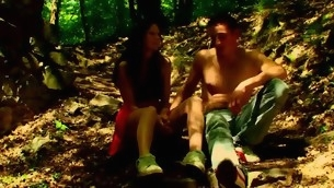 Forest becomes duo more location for mating on every side a hellacious in force age teenager hottie
